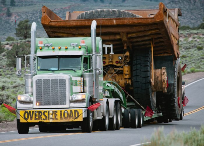 Tractor Trailer Truck - Oversize/Mail/Auto